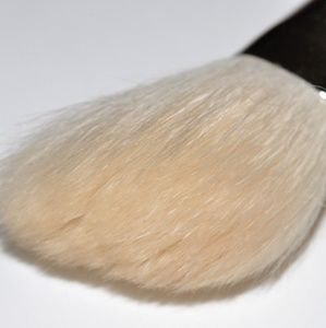 x1 MAC #168s CONTOUR BRUSH BRAND NEW with clear E